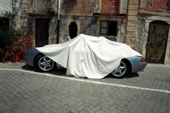 copyright: Frank Rothe | Car in the sun 0
