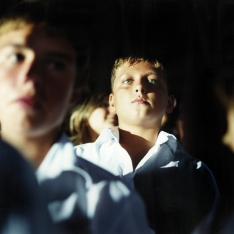 copyright: Frank Rothe | boy watching concert